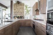 Фото 33 П-образные кухни: 80+ универсальных планировочных решений, которые сэкономят место и бюджет