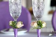 Фото 2 Декор свадебных бокалов: избранные мастер-классы и трендовые идеи оформления в 2018 году
