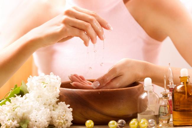 Иссоповое эфирное масло часто используются в косметологии