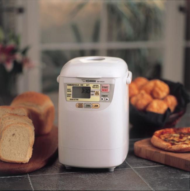 как выбрать хлебопечку: советы эксперта - компактная хлебопечка для небольшой семьи, она имеет достаточный функционал выбора режимов выпечки хлеба