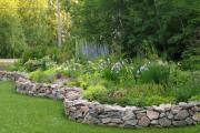Фото 21 Ограждения для клумб и грядок: 70+ роскошных идей, которые преобразят ваш сад