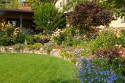 Фото 25 Ограждения для клумб и грядок: 70+ роскошных идей, которые преобразят ваш сад