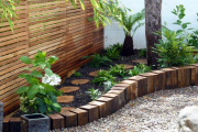 Фото 7 Ограждения для клумб и грядок: 70+ роскошных идей, которые преобразят ваш сад