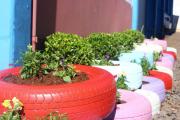 Фото 27 Ограждения для клумб и грядок: 70+ роскошных идей, которые преобразят ваш сад