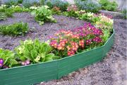Фото 4 Ограждения для клумб и грядок: 70+ роскошных идей, которые преобразят ваш сад