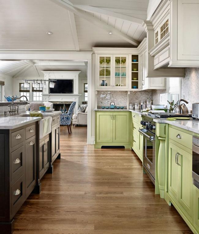 Зеленый в тандеме с белым дает двойную порцию свежести и ощущения невероятной чистоты