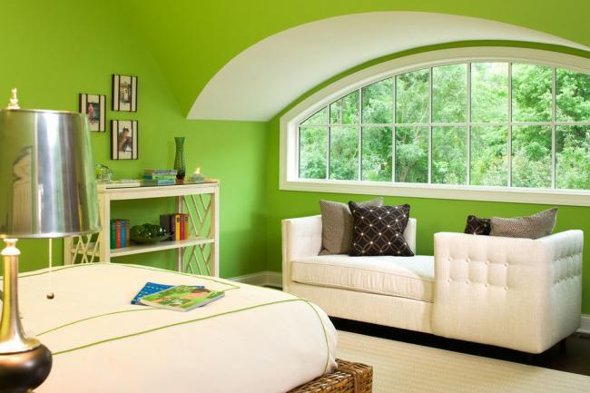 Уникальный антистрессовый цвет в сочетании с белым идеально подойдет для спальни