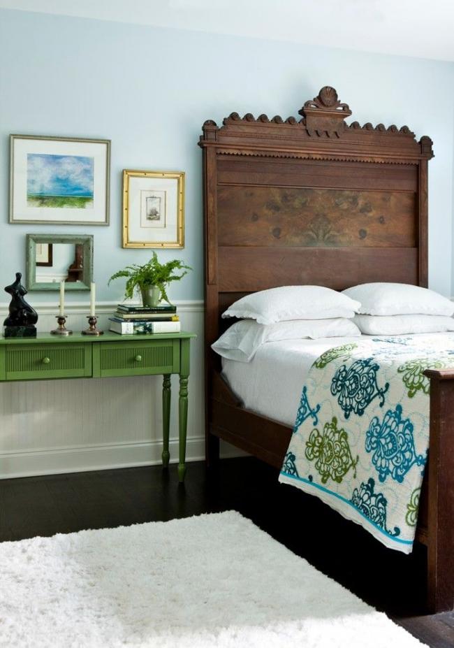 Нейтральный зеленый цвет в спальне несет в себе спокойствие и уровновешенность
