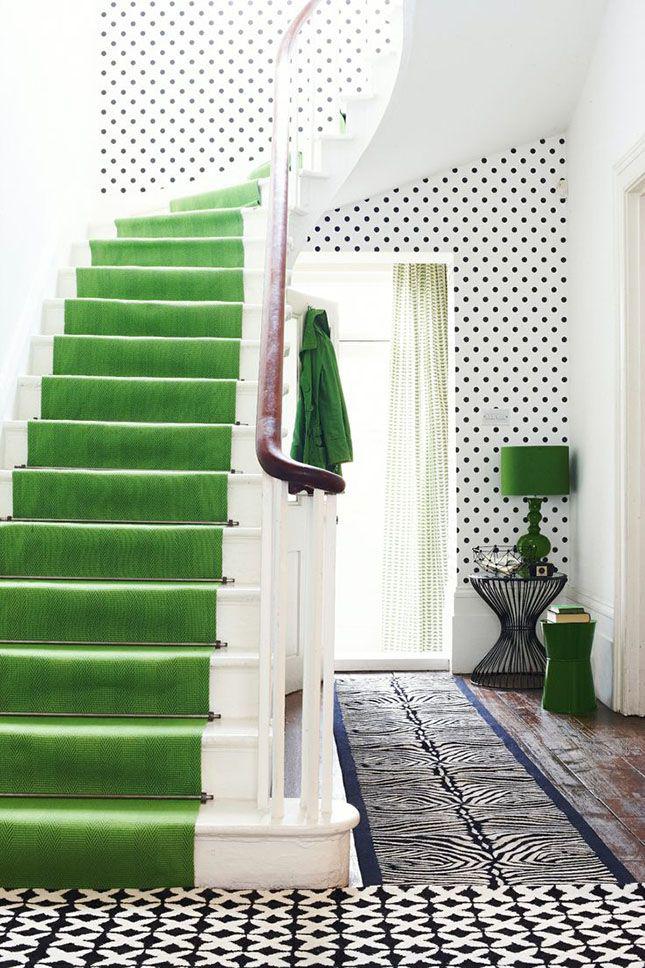 Оформление прихожей с элементами зеленого вызывает исключительно приятные ассоциации