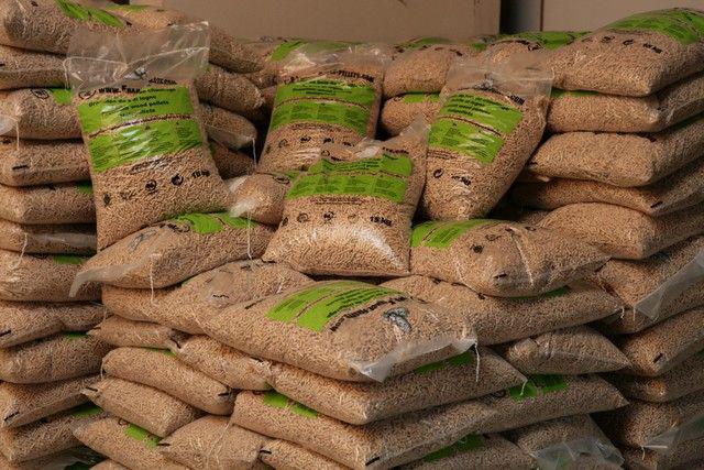 От системы хранения, существующей у потребителя, зависит фасофка гранул: насыпью, в мешках биг-бэг либо в мелкой расфасофке