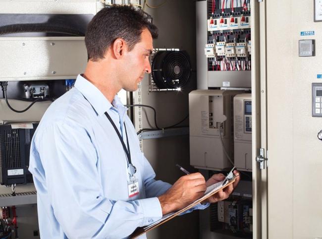 Данные по электросчетчику необходимо передавать в службу энергосбыта