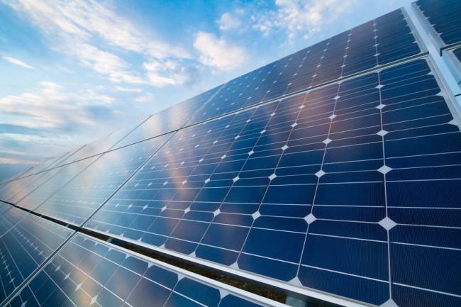 Солнечный водонагреватель - это пассивная установка, которая работает без насосов, жидкость в ней движется по принципу конвекции