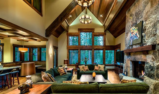 Велюровый диван - классика для любой гостиной