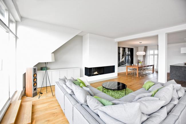 Зонирования пространства с помощью дивана