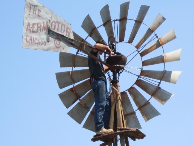 Регулярный уход за ветрогенератором обеспечит вам долгую службу этого помощника