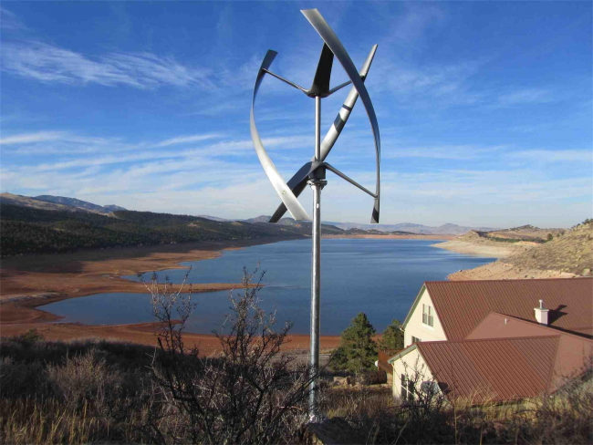 Ветрогенератор - отличная идея для частного дома. Он поможет сэкономить на електричестве и поддерживать экологичность естественной среды