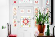 Фото 2 Витражная пленка на стекло: 80+ утонченных решений для домашнего декора