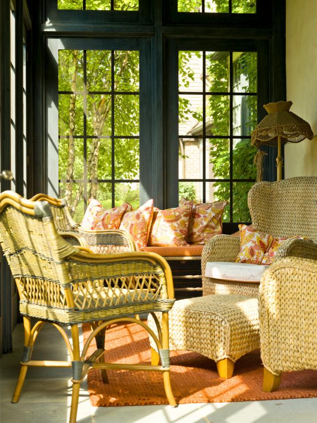 Оригинальное решение самодельной плетеной мебели для гостиной