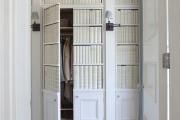 Фото 29 Выбираем идеальный двустворчатый шкаф для одежды: рекомендации дизайнеров