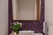 Фото 2 Фиолетовая плитка в интерьере: 70+ идей гармоничных сочетаний оттенков, принтов и фактур