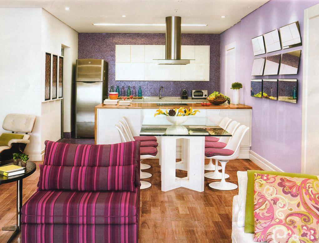 Фиолетовая плитка в интерьере: выигрышные сочетание и варианты