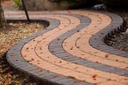 Фото 6 Садовые дорожки без проблем: что нужно знать и как выбрать нужную форму для заливки?