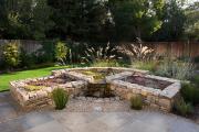 Фото 46 Клумбы из камней для сада: лучшие идеи и советы по декору от ландшафтных дизайнеров