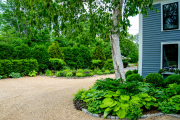 Фото 24 Клумбы из камней для сада: лучшие идеи и советы по декору от ландшафтных дизайнеров