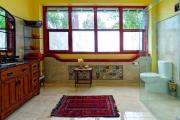 Фото 17 Нажимной сантехнический люк под плитку: как подобрать, конструктивные особенности и преимущества