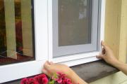 Фото 15 Как установить москитную сетку на пластиковое окно: виды, крепления и все, что нужно знать