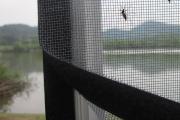 Фото 30 Как установить москитную сетку на пластиковое окно: виды, крепления и все, что нужно знать