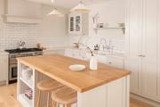 Фото 3 Шкаф-пенал для кухни (70+ фото): как выбрать мультифункциональный кухонный пенал и не переплатить?
