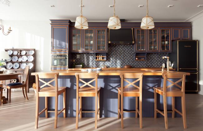 Кухонная колонка со встроенным духовым шкафом