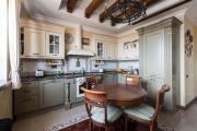Фото 1 Системы хранения для кухни: выбираем мультифункциональный и современный шкаф-пенал