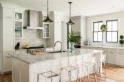 Фото 12 Системы хранения для кухни: выбираем мультифункциональный и современный шкаф-пенал