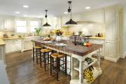 Фото 21 Системы хранения для кухни: выбираем мультифункциональный и современный шкаф-пенал