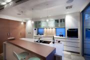Фото 30 Шкаф-пенал для кухни (70+ фото): как выбрать мультифункциональный кухонный пенал и не переплатить?