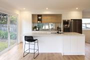 Фото 31 Системы хранения для кухни: выбираем мультифункциональный и современный шкаф-пенал