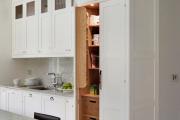 Фото 9 Шкаф-пенал для кухни (70+ фото): как выбрать мультифункциональный кухонный пенал и не переплатить?
