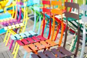 Фото 9 Складные стулья или спасение для маленьких кухонь: виды конструкций, плюсы и минусы