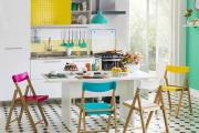 Фото 7 Складные стулья или спасение для маленьких кухонь: виды конструкций, плюсы и минусы