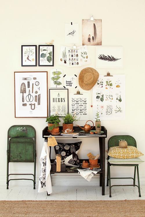 Экономия пространства с помощью стульев-раскладушек