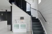 Фото 46 Ступени для лестниц из керамогранита: преимущества, облицовка и 60+ функциональных интерьерных идей