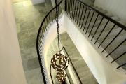 Фото 22 Ступени для лестниц из керамогранита: преимущества, облицовка и 60+ функциональных интерьерных идей