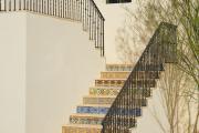 Фото 38 Ступени для лестниц из керамогранита: преимущества, облицовка и 60+ функциональных интерьерных идей