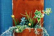 Фото 5 Создаем эффектный экстерьер: оригинальные таблички для дома и как их сделать?