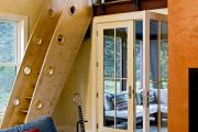 Фото 19 Безопасность в доме: как выбрать и установить защиту на лестницу от детей