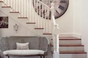 Фото 27 Безопасность в доме: как выбрать и установить защиту на лестницу от детей