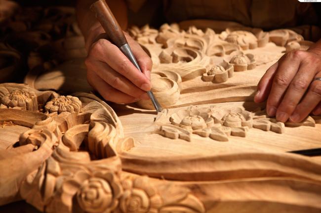 Перед началом работ необходимо правильно подобрать породу древесины