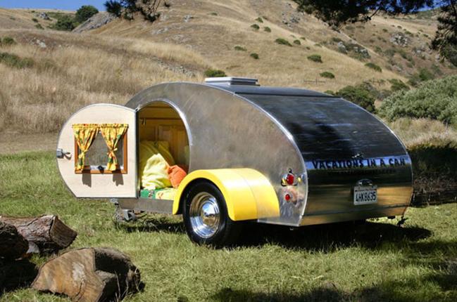 Прицеп-палатка в старинном оформлении